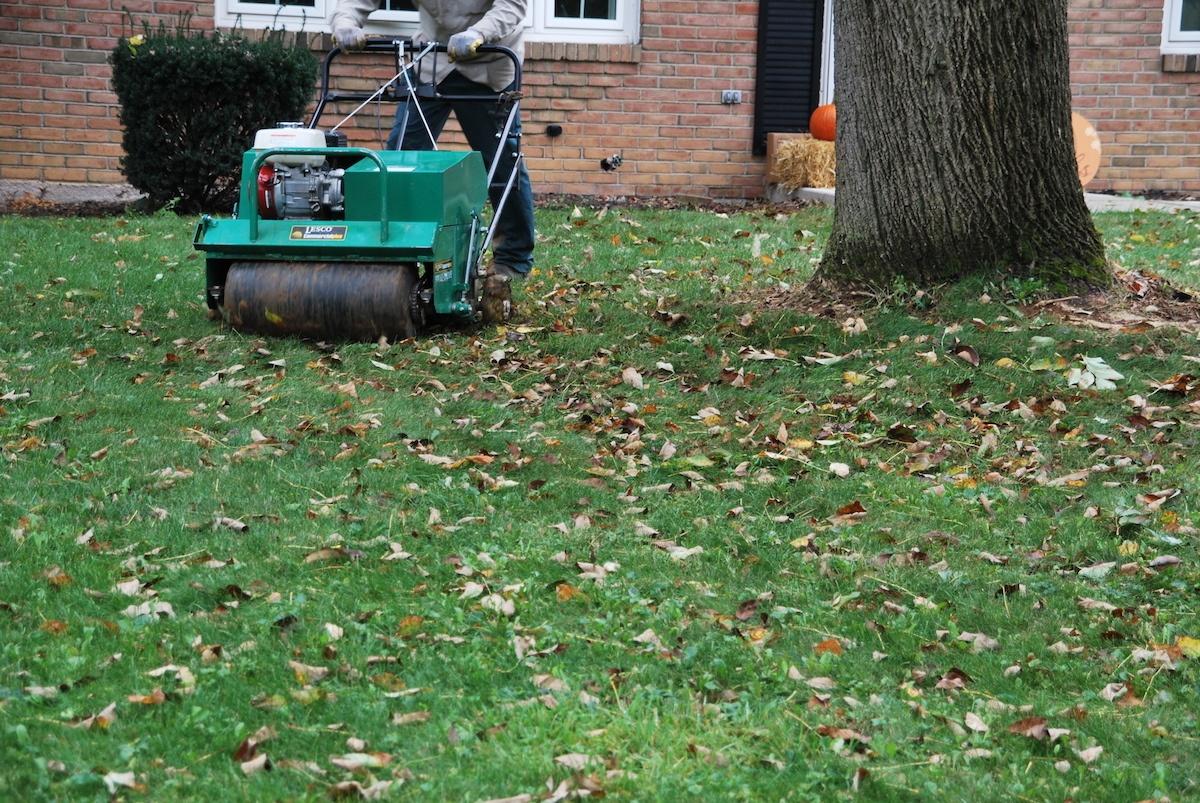 lawn-aerator-walk-behind