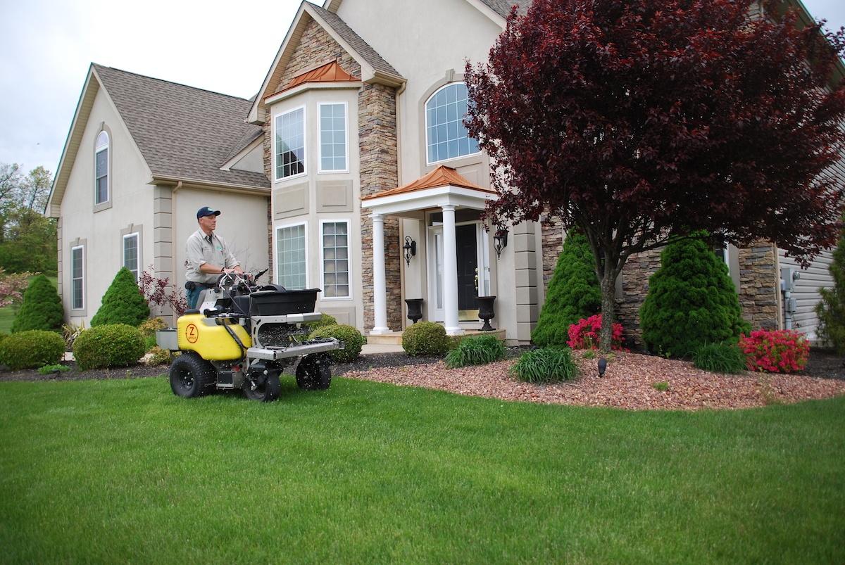 lawn-care-granular-application-landscaping-beds-shrubs