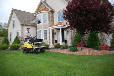 Tips for switching lawn companies from canceling to hiring a new lawn care service.