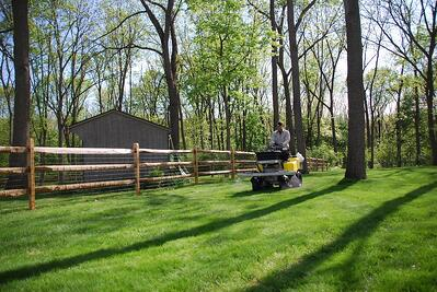 lawn weed spraying near neighbors yard
