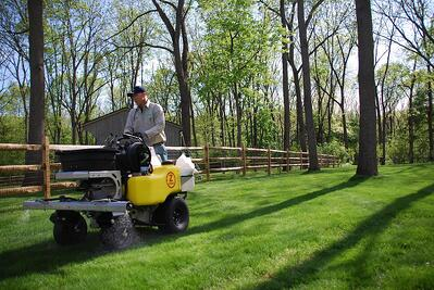 Professional lawn care liquid weed control