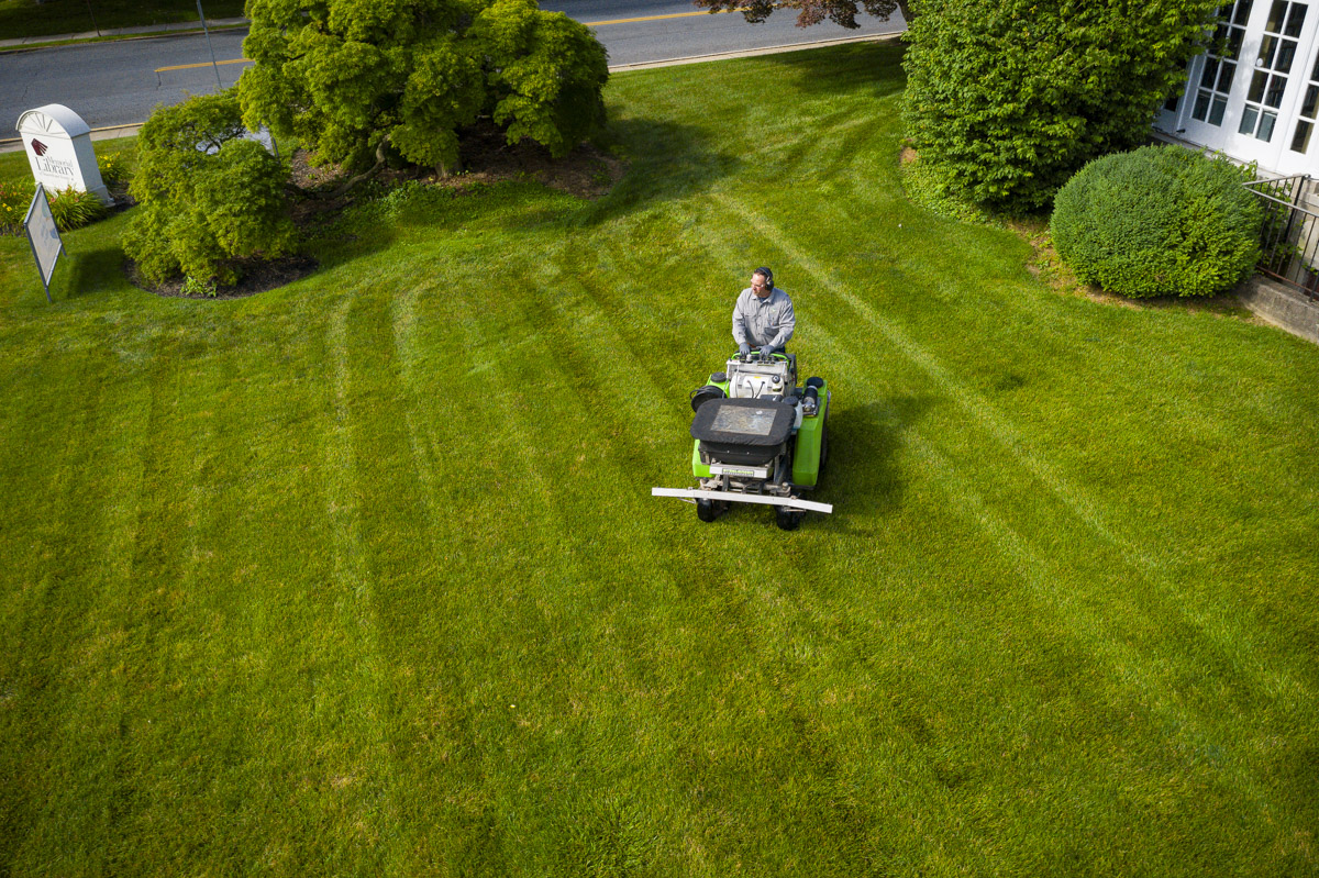 Lawn Care for Large Lawns: Hiring a Pro to Fertilize Lehigh Valley Commercial Properties
